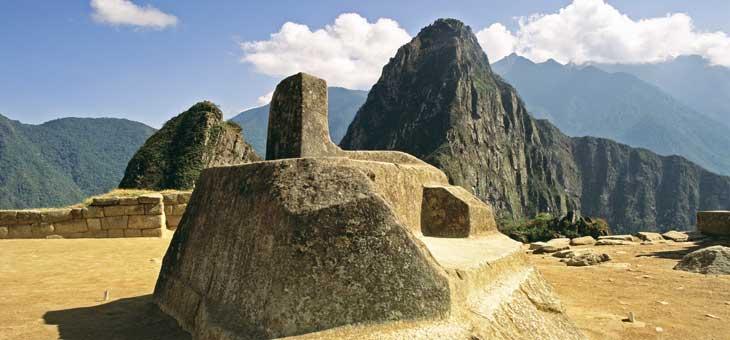 Intihuatana, reloj solar en Machu Picchu. © Jorge Esquiroz. PromPerú