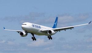 Air Transat celebra su quinto aniversario en el aeropuerto de El Prat
