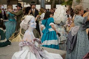 Alta costura en la V Ruta Literaria sobre el romanticismo