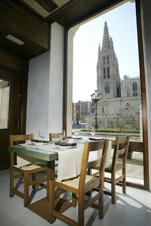 """El Hotel Rice te invita a conocer """"La Noche Blanca de Burgos"""""""