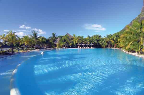 El hotel Dinarobin de Isla Mauricio celebra su reapertura
