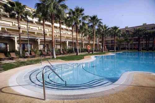 Envía Hotel Wellness & Golf, minimalismo en el eterno verano