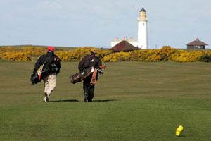 Escocia te invita a jugar a golf con Sam Torrance