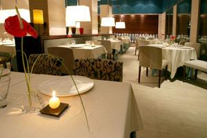 Restaurant Esmarris del Hotel Dolce Sitges, cocina de mercado inspirada en los fogones internacional