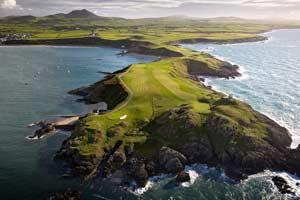 Nefyn & District Golf Club ©Visit Wales
