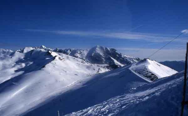 Temporada de invierno en las estaciones de esquí de Hautes Pyrénées
