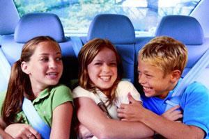 Hertz lanza una opción de alquiler para las familias con niños
