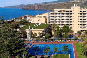 """Hotasa Puerto Resort lanza el """"Baby service"""" para los bebés más viajeros"""