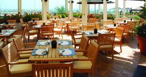 www.hotelartsbarcelona.com