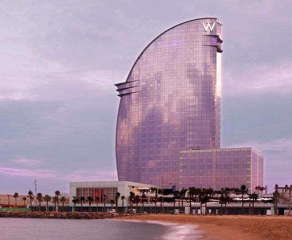 W Barcelona, mejor arquitectura exterior de hotel de Europa