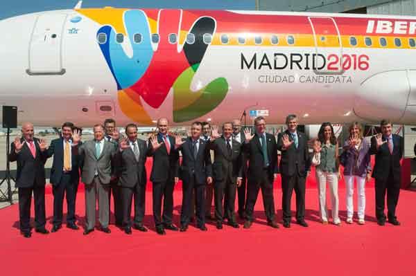 Iberia bautiza un avión olímpico