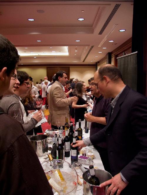 La D.O. Jumilla reúne a medio millar de profesionales del vino en Barcelona