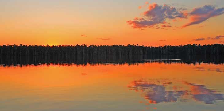 Lago Sandoval, en el parque peruano de Tambopata, cercano a Puerto Maldonado. Foto facilitada por LAN Airlines