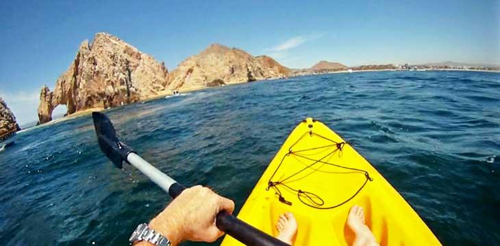 Kayak alrededor del Arco de Cabo San Lucas/Juan Coma