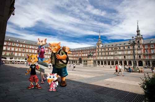 Descubre Madrid con la Familia Gato