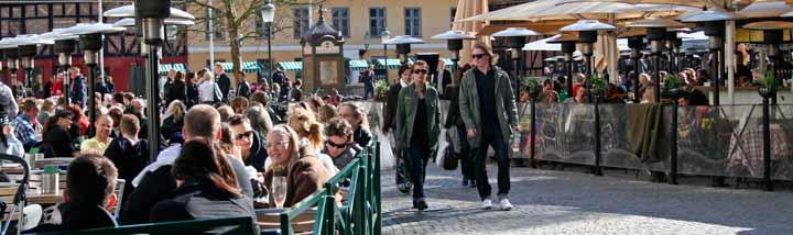 Plaza Lilla Torg, una de las zonas de ocio y restaurantes más importante de Malmö