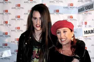 Maria Forqué presenta en el Hotel Axel de Barcelona la exposición Bleending me