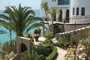 El Hotel Montíboli (Alicante) crea un postre elegante y especial para las madres