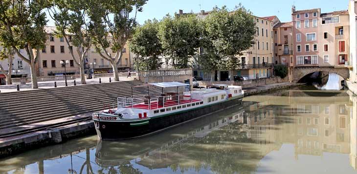Canal de la Robine, Narbona. Foto de © Jack Ristol. Turismo Sud de France Languedoc-Roussillon