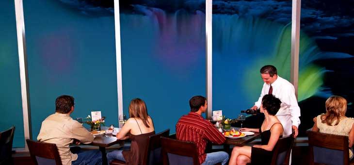 En Niágara abundan los restaurantes de todo tipo