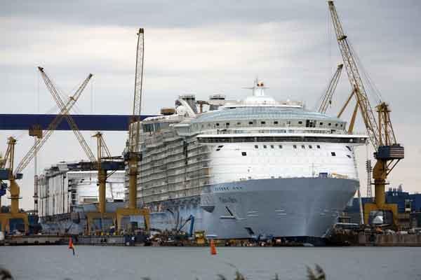 Royal Caribbean alcanza la máxima innovación con el Oasis of the Seas