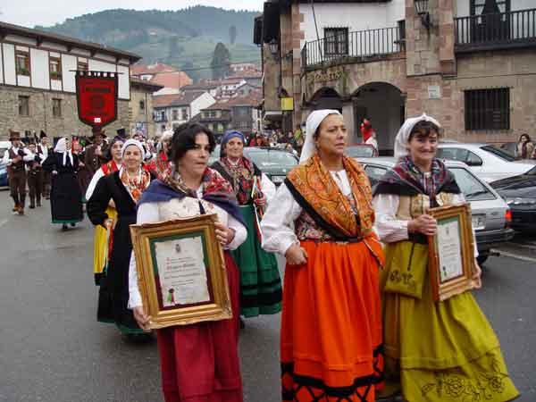 Tradiciones cántabras: la Fiesta del Orujo de Potes
