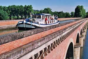 Puente de Cacor. Canal dos Mares. Foto: Moissac