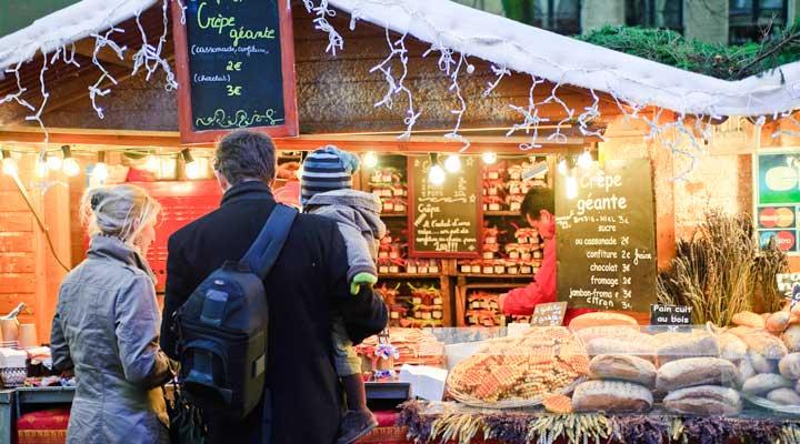 Puesto del mercadillo navideño de Bruselas © OPT Xavier Claes - Soleil Rouge