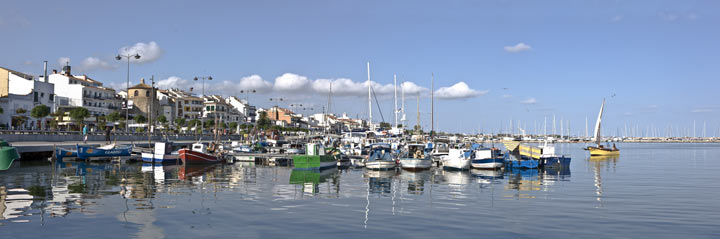 Puerto pesquero de Cambrils