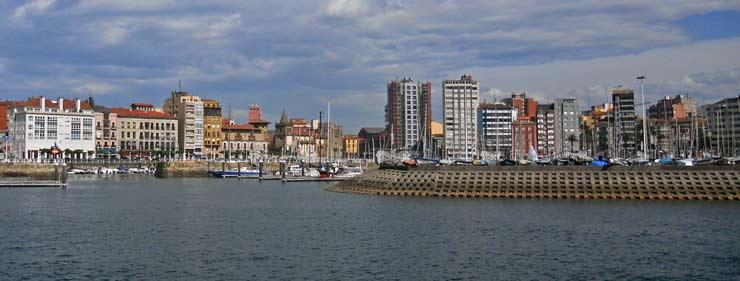 Fachada marítima de Gijón