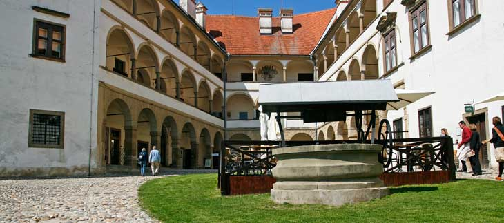 Patio del castillo de Ptuj