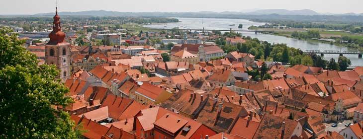 Vistas de Ptuj desde su castillo
