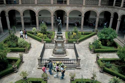 La Ruta Don Vasco de México gana el premio al mejor producto de turismo activo Fitur 2011