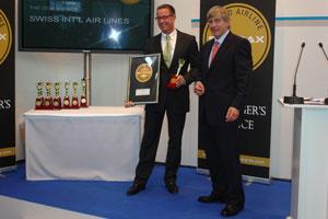 La tripulación de SWISS premiada con el máximo galardón por su excelente servicio en tierra y aire