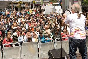Más de 400 personas participaron en Madrid en la Quedada de Tambores por Brasil