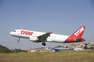 """TAM Airlines elegida """"Mejor Compañía Aérea de América del Sur"""" por Skytrax"""