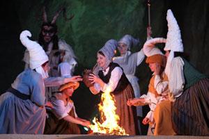 Encuentro mágico en Zugarramurdi (Navarra) con el solsticio de verano