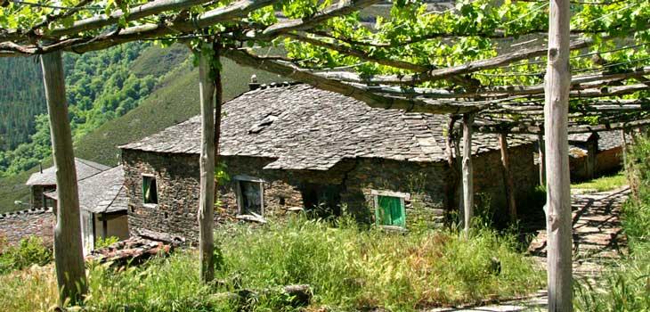 Alguerdo, población de la comarca de Fuentes del Narcea, Degaña e Ibias