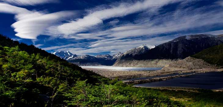 Panorámica del Glaciar Neff y la Laguna Espejo: la Patagonia en todo su esplendor/ Foto Ronny Belmar