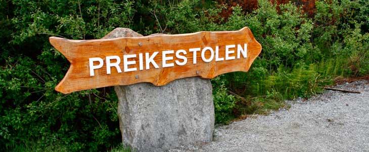 El Preikestolen es un increíble mirador natural situado a 600 metros sobre el fiordo Lysefjord/Foto María Jesús Tomé