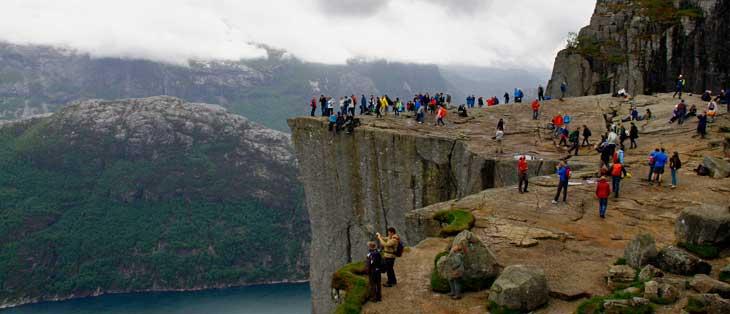 CNN Go y Lonely Planet consideran el Preikestolen el mirador más increíble del mundo/Foto María Jesús Tomé