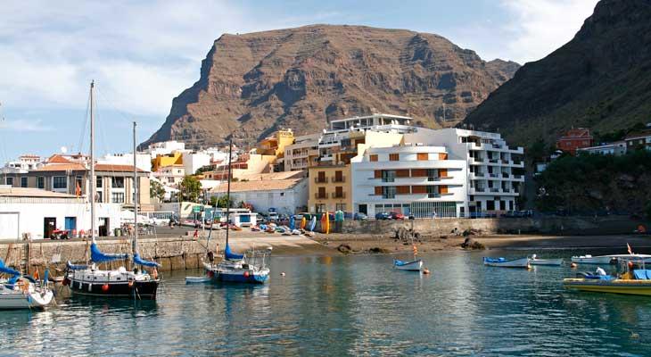 Puerto Playa Santiago en Alajeró, en el municipio de Valle Gran Rey/Foto María Jesús Tomé