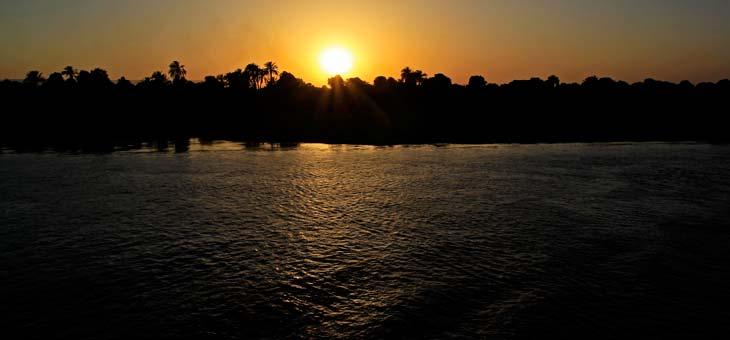 Puesta de sol en el Nilo/Foto Juan Coma