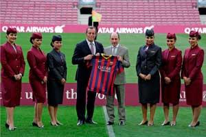 Sandro Rosell, Presidente del FC Barcelona; y Akbar Al-Baker,CEO de Qatar Airways, en el evento de presentación del patrocinio, esta tarde en el Camp Nou
