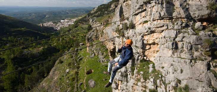 El Parque Natural de Sierras de Cazorla, Segura y Las Villas es ideal para practicar deportes de aventura/Foto Promojaen
