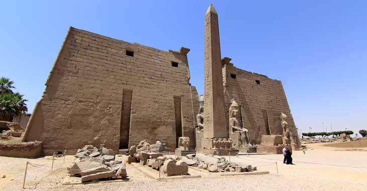 Entrada al Templo de Luxor/Foto Juan Coma