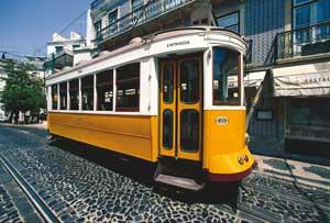 El tranvía es uno de los elementos más típicos de los barrios de Lisboa
