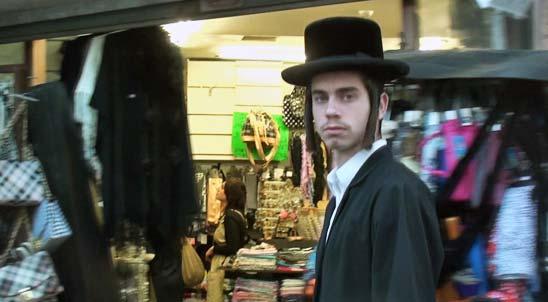 A los judíos ortodoxos que viven en Mea Shearim no les gustan los extraños