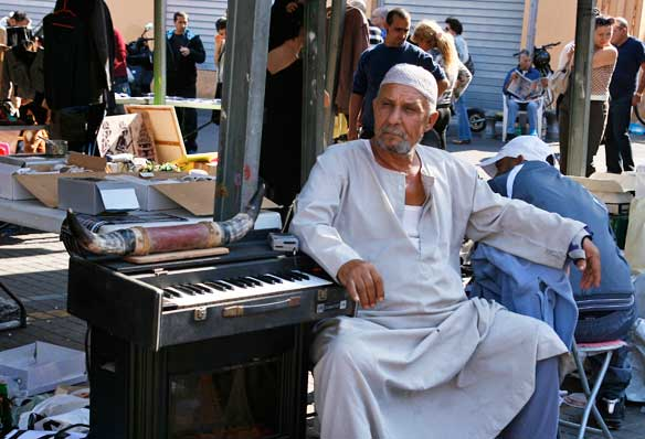 Vendedor del Mercado de las Pulgas