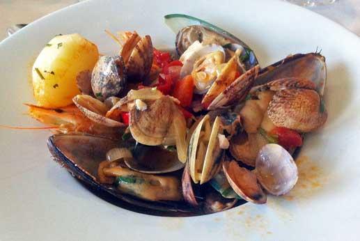La cataplana es uno de los platos más típicos de Portugal